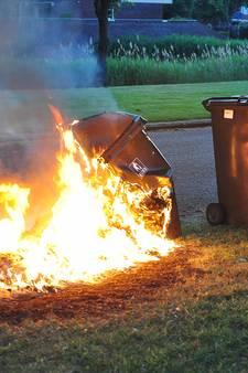 Vuilnisbak in Waalwijk gaat in vlammen op