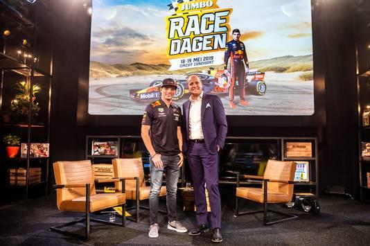 CEO Frits van Eerd van Jumbo en Max Verstappen tijdens de presentatie van de Jumbo Racedagen 2019.