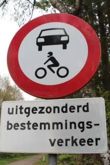 Helmondse wijk is sluipverkeer beu: 'Gemeente komt afspraken niet na'