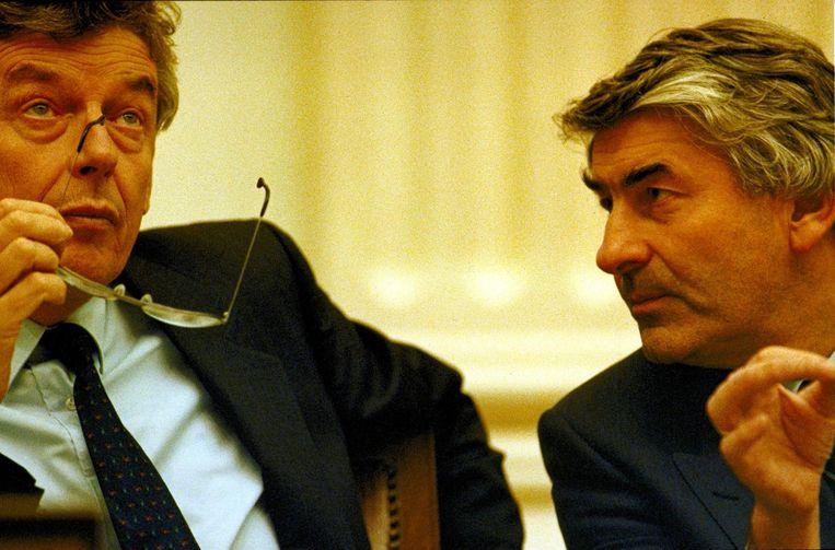 Minister van Financien Wim Kok en premier Lubbers aan de regeringstafel. Beeld anp