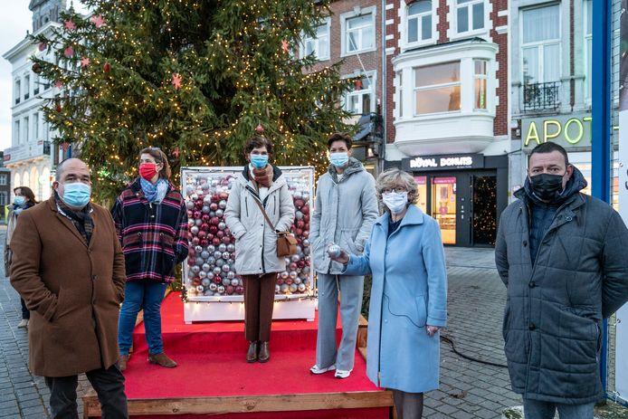 De stad Sint-Truiden heeft met de solidariteitsactie 'Het Warmste Geschenk' meer dan 20.000 euro opgehaald voor mensen in kwetsbare omstandigheden.