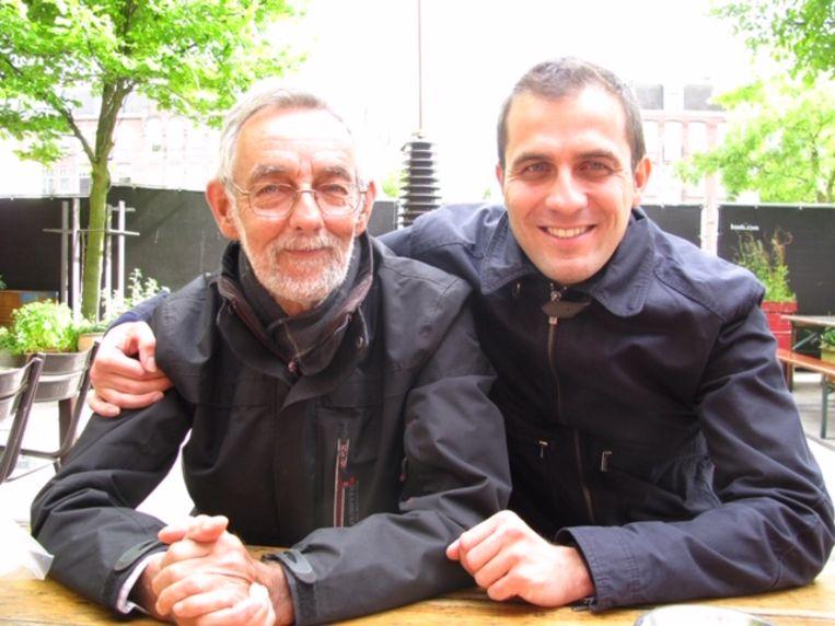 In 2010 met zoon Paul. Beeld PRIVEFOTO
