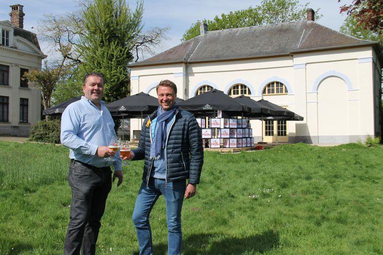 Tom Sintobin en Frederic Boulez openen Den Hof in het Blauwhuispark.