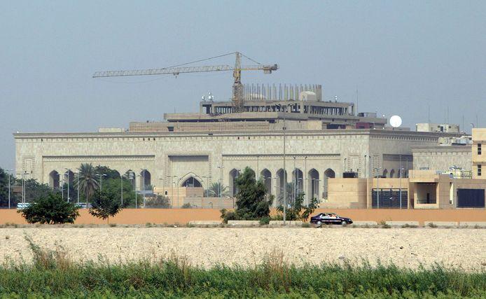 De Amerikaanse ambassade in Bagdad is dit jaar al vaker het doelwit geweest van raketaanvallen.