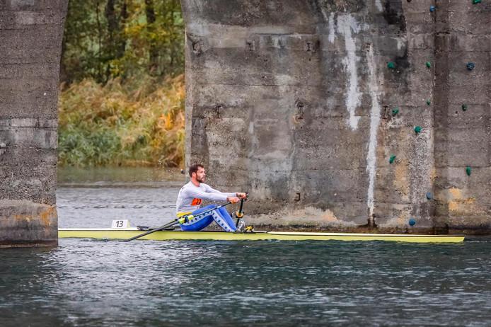 Roeier Koen Metsemakers in actie op skif