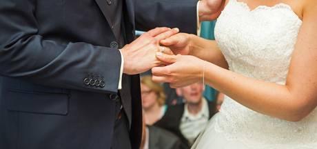 Gratis trouwen in de regio gaat snel en sober: In vijf minuten ben je man en vrouw