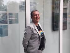 Geen regenboogzebrapad meer maar wel een blijvend gedicht over tolerantie bij gemeentehuis Oss