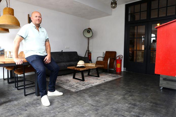 Marcel van Burgsteden in zijn Kaatsheuvelse logement.