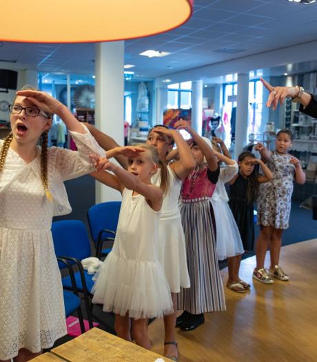 Geke geeft Urk al 38 jaar een stem: 'Ieder kind kan goed leren zingen'