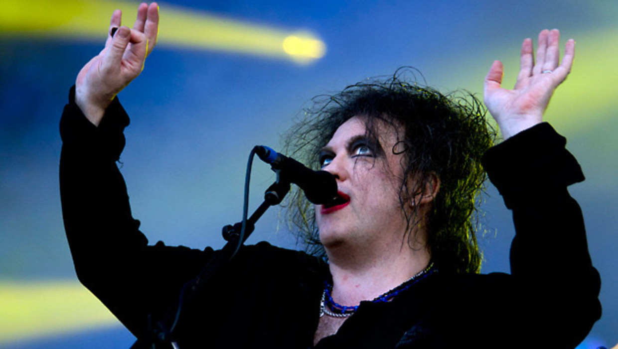 """The Cure Tease """"Dark"""" And """"Fucking Great"""" New Album, US Shows ...   701x1240"""