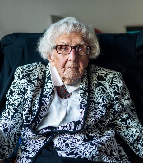 Schrijfster van Manifest tegen zorgcentrum Maria Piël (102) overleden