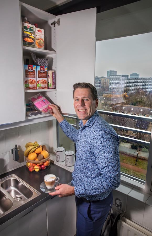 Björn Lugthart kookt bijna nooit: geen tijd. 'Met Kerst kook ik voor familie en mensen die niemand hebben'.