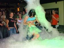 Deel uw herinneringen aan discotheek De IJzeren Pot in Hooge Zwaluwe