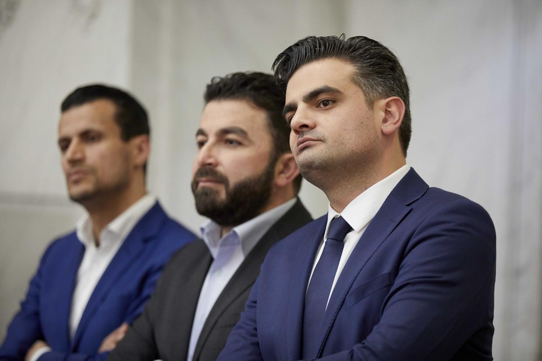 Farid Azarkan, Selçuk Öztürk en Tunahan Kuzu (vlnr) van Denk horen de uitslag aan van de Kamerverkiezingen van maart 2017.  Hun partij is dan nog hot. Beeld ANP