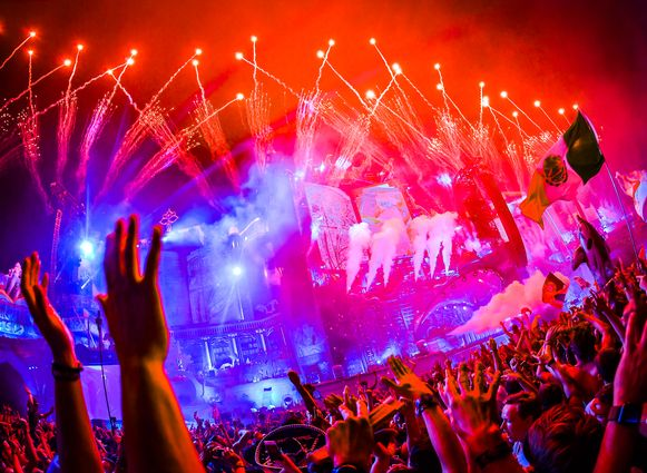 BOOM, BELGIUM - JULY 20 : Armin Van Buuren performing on the MainStage of Tomorrowland 2019 WE 1 Dag 2 pictured on July 20, 2019 in Boom, Belgium, 20/07/2019 ( Photo by Joel Hoylaerts / Photo News )