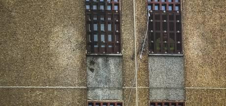 Gevaarlijke gevangene ontsnapt via ladder uit Belgische cel