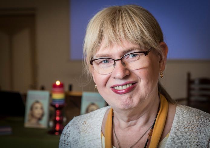 Transgender Jolanda Molenaar in stadskerk De Bleek.