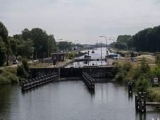 Weinig hinder voor Oosterhoutse scheepvaart bij werk aan sluis bij Tilburg