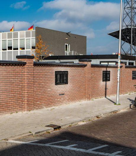 Fouten in panelen nieuwe stadionmuur Go Ahead zijn hersteld: 'Geen discussie meer mogelijk'