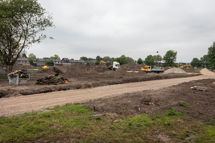 Voorbereiding van bouwactiviteiten op het terrein in Geldrop.