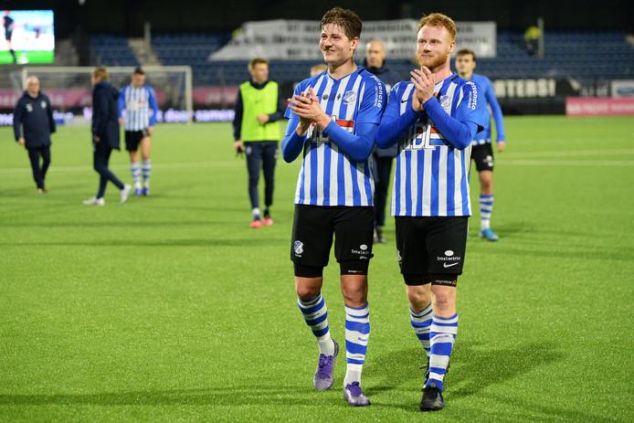 Jort van der Sande (r) na afloop van de wedstrijd tegen De Graafschap (1-1)