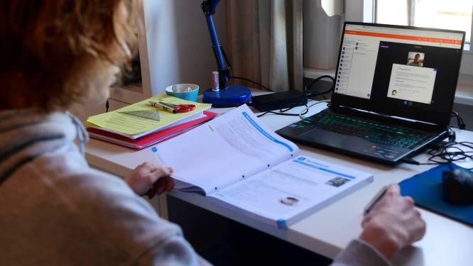 """Gentse scholen sturen laptops terug naar Vlaanderen. """"Fout systeem en vraagsteken over factuur"""""""