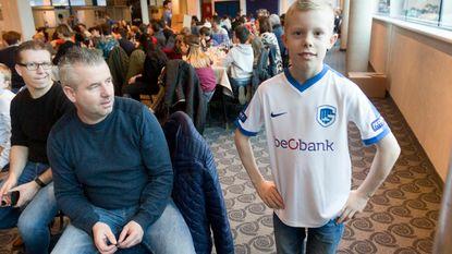 Gratis voetbaloutfit voor kinderen uit bijzondere jeugdzorg