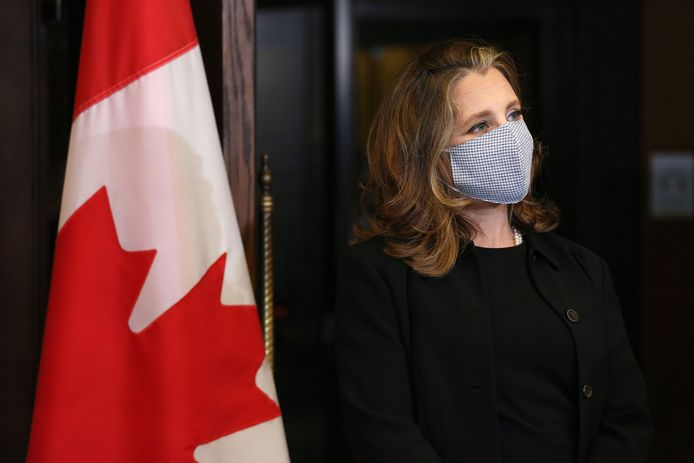 De Canadese vicepremier Chrystia Freeland tijdens haar inauguratie als eerste vrouwelijke minister van Financiën in Canada (18/08/2020)