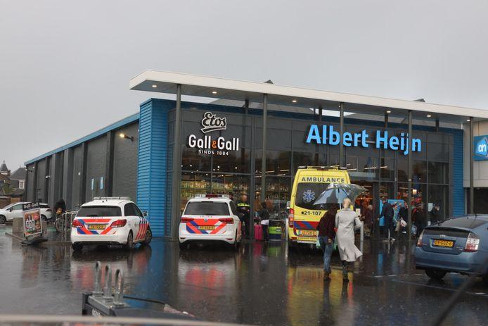 Hulpdiensten bij de Albert Heijn in Boxtel.
