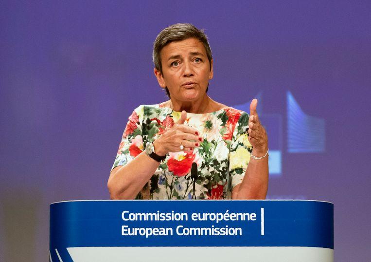 EU-commissaris Margrethe Vestager (Mededinging) richt haar pijlen op de 39 individuele afspraken van de bedrijven met de Belgische fiscus.