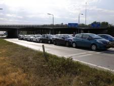 Veroorzaker van kettingbotsing met zeven auto's bij Raamsdonksveer rijdt door, 3 gewonden naar ziekenhuis