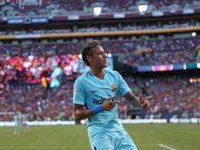 Neymar scoort namens Barcelona de winnende tegen Manchester United