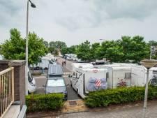 Dringen om een plekje voor de camper in de stallingen: 'Zo vol hebben we nog niet eerder meegemaakt'