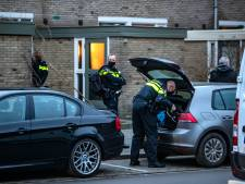 Politie doorzoekt huis van verdachte na explosie nieuwjaarsnacht in Deventer: 'Dit is geen vuurwerk, dit is een bom'