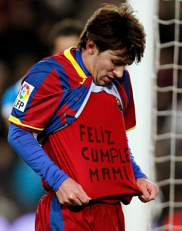Moeder Achtervolgt Ex Messi Met Koekenpan Foto Ad Nl