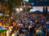 Tienduizenden feestgangers vieren de Nacht van Apeldoorn