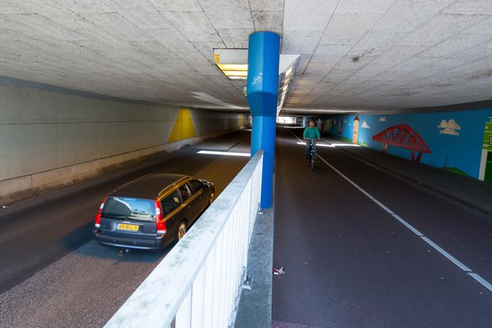De Van Karnebeektunnel in Zwolle was vorig jaar tijdelijk geopend voor gemotoriseerd verkeer.