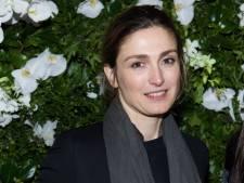 """Julie Gayet porte plainte pour """"mise en danger"""""""