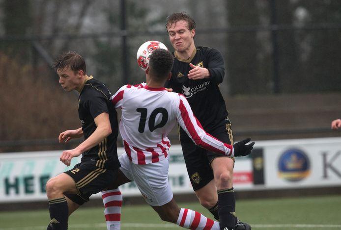 De KNVB denkt dat er in september weer gevoetbald wordt bij de amateurs.