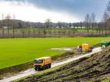 Snelweg A1 bij Deventer dicht tijdens ontmantelen 'vliegende bom' uit oorlog
