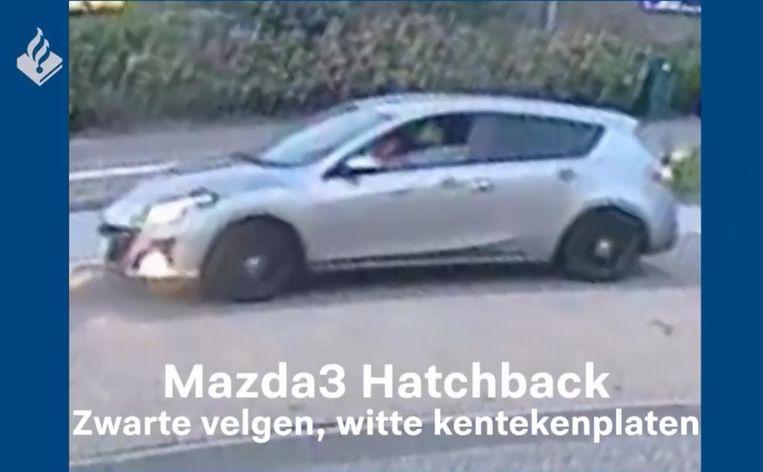 De politie zoekt deze auto in het onderzoek naar het doodrijden van Tamar (14) uit Marken. Beeld Politie