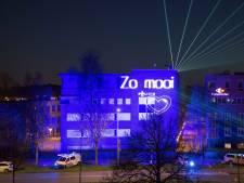 'Jullie zijn toppers': politie Harderwijk steekt medewerkers ziekenhuis hart onder de riem