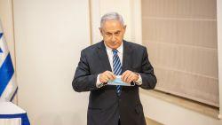 Israël schort annexatie Palestijnse gebieden op na akkoord