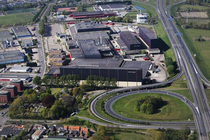Bij de trechter ter hoogte van Philip Morris loopt het verkeer vanaf de A4 uit Steenbergen steeds vaker vast omdat zowel richting Antwerpen als Breda maar een rijbaan bestaat.