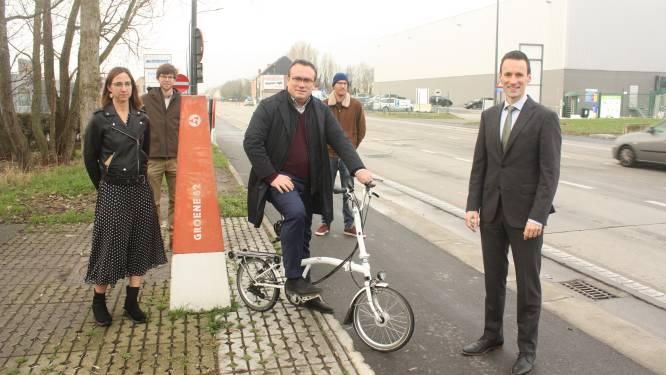 Nieuwe fietspaden in Zandvoordestraat maken het veiliger op de route naar de Groene 62