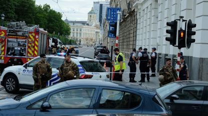 Man gooit molotovcocktail naar federaal parlement in Brussel: Koningsstraat weer open