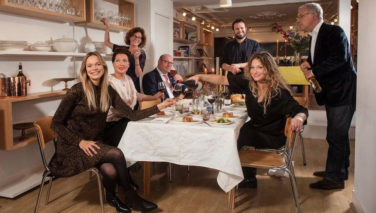 Van links naar rechts: Jet van Nieuwkerk, Liesbeth Maliepaard, Karin Hamersma, Rick Kempen, Samuel Levie, Jessica Ydo en Harold Hamersma Beeld Friso Keuris