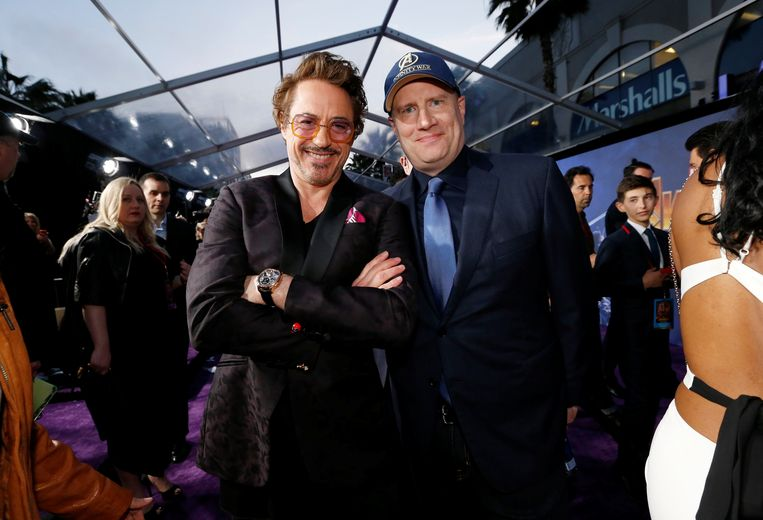 Los Angeles - 23-04-2018. Robert Downey Jr. (Iron Man) en Kevin Feige tijdens de première  van Avengers: Infinity War Beeld Reuters