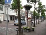 Controles naar woningen aan de Tilburgseweg in Goirle