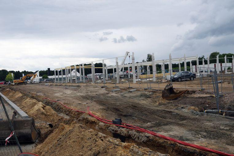 De bouwwerken voor de andere winkels zijn ook al bezig.
